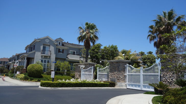 Mystic Pointe Townhomes Huntington Beach
