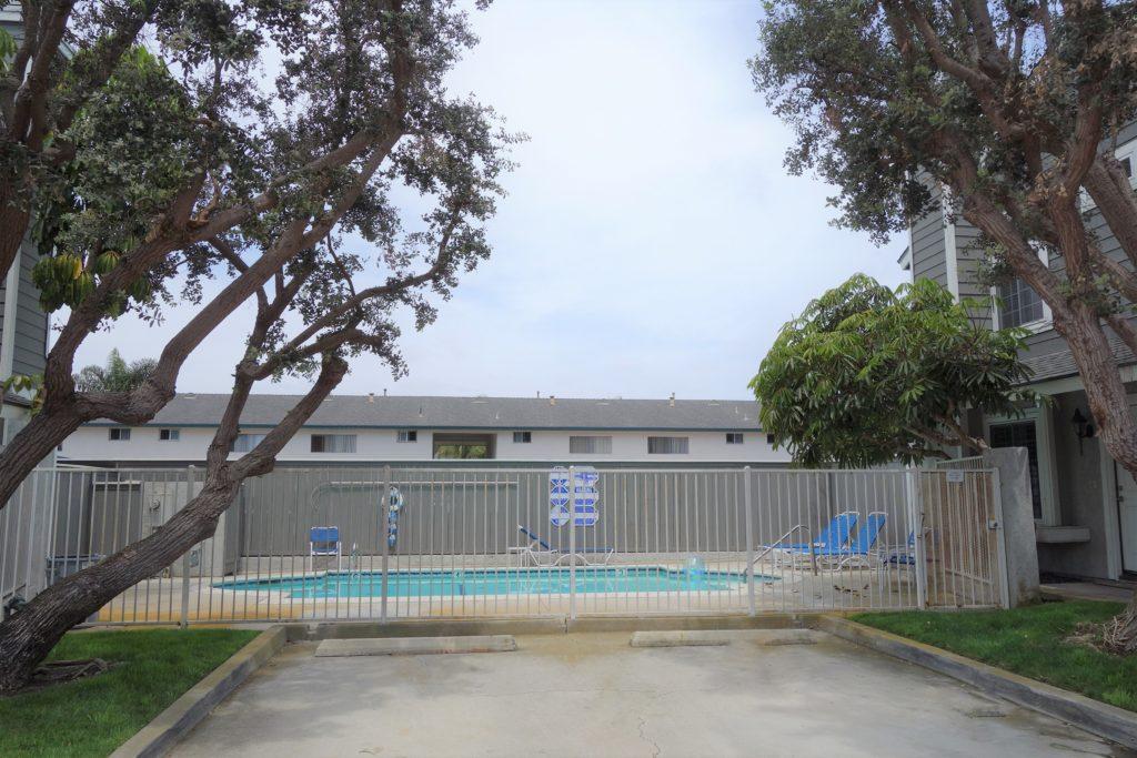 Searidge Townhomes Huntington  Beach Pool