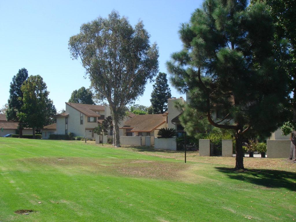 Springhurst Townhomes Huntington Beach greenbelts