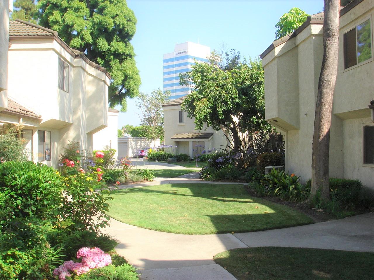Condos For Sale Huntington Beach 92647