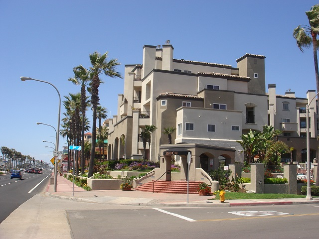 100 Huntington Beach Condo Communities