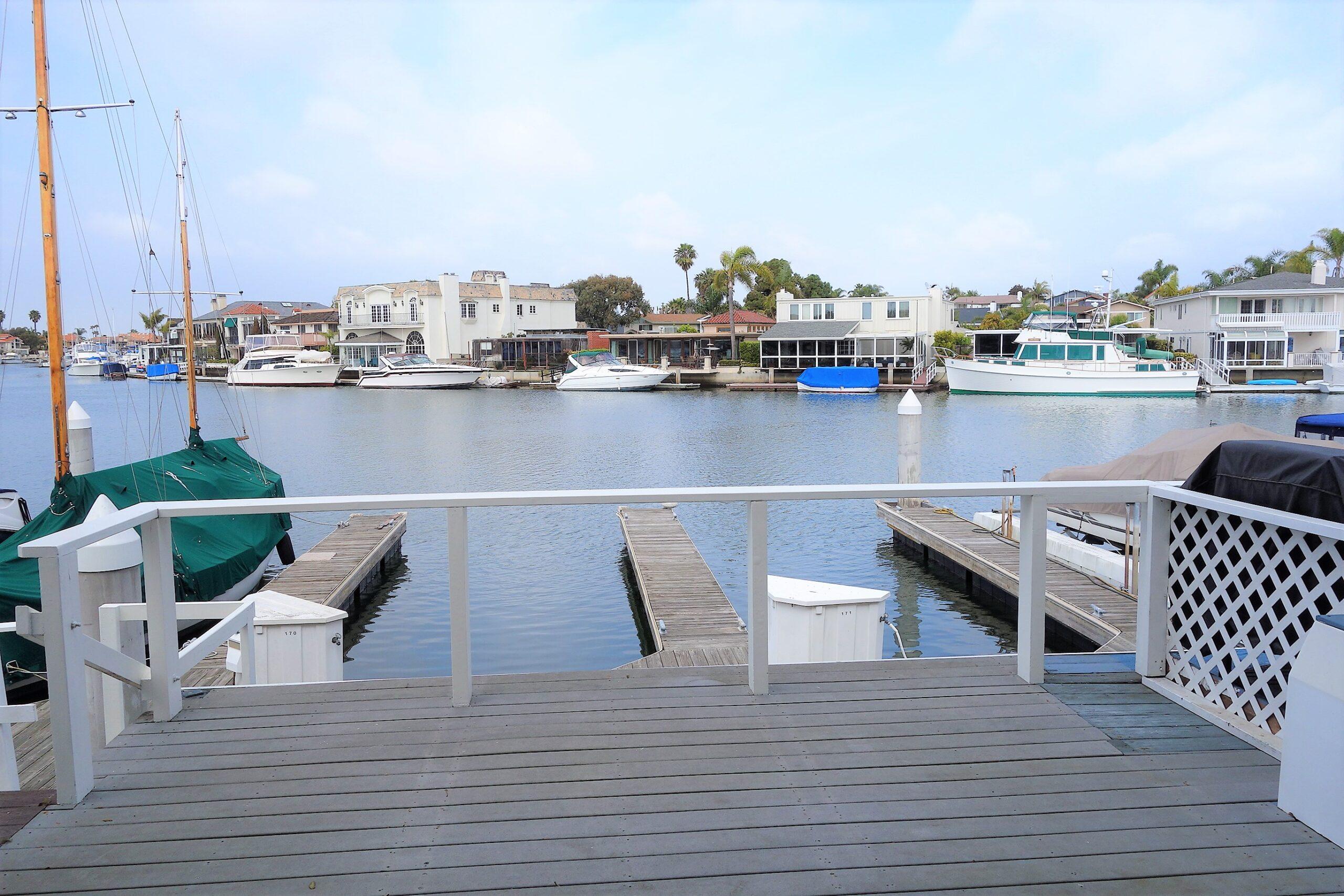 Weatherly Bay Townhomes Huntington Beach
